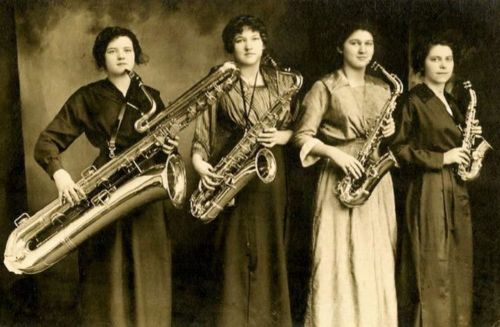 The Darling Saxophone Four